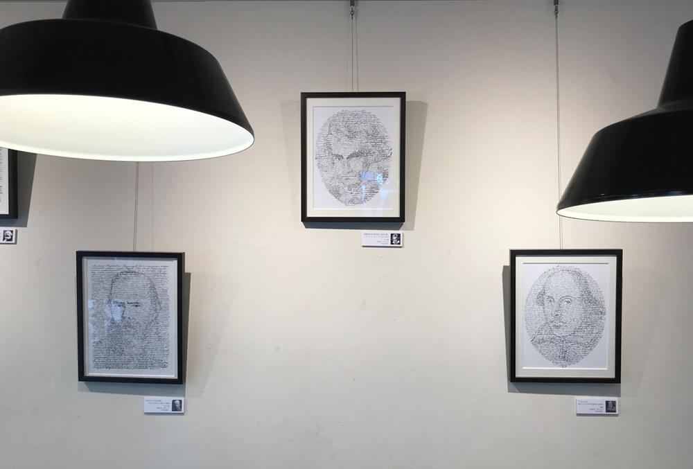 カフェ カプチェット・ロッソでカリグラフィーの展示を見てきました